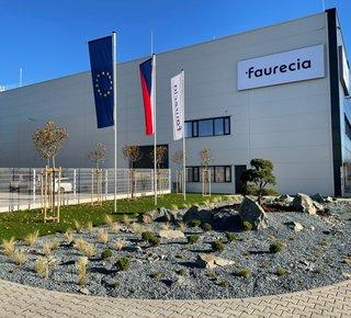 Pronájem skladových a výrobních prostor - Pardubice - Pardubičky