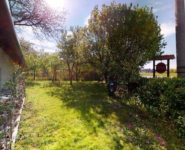 Stodola-se-sklepem-a-zahradou-Vitejeves-05112020_093433