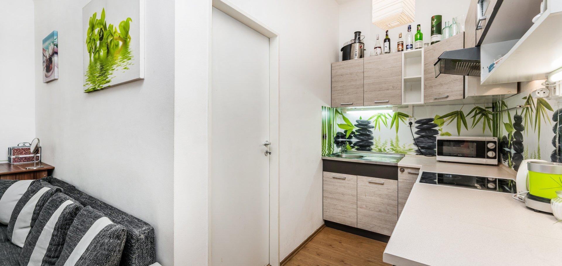 Pronájem, Byty 2+kk, 42m² - Praha - Libeň