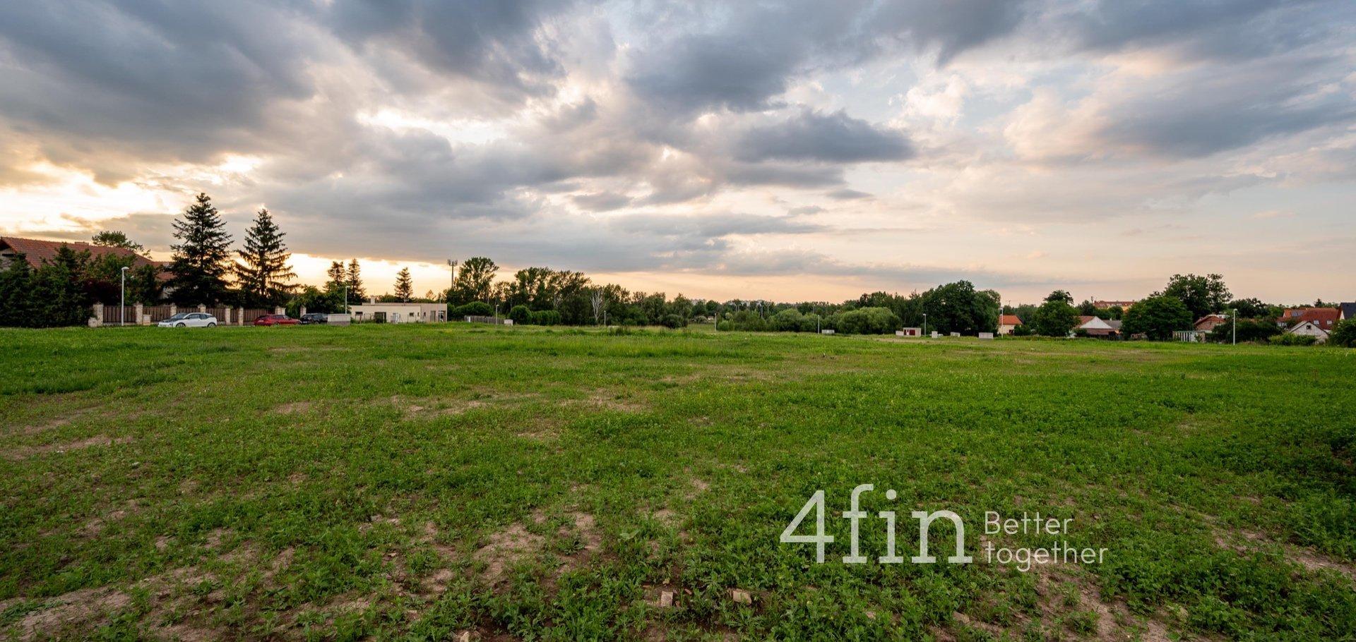 Prodej stavební parcely pro bydlení, 1 083 m²