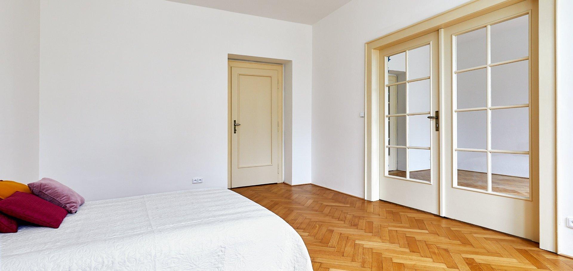 Pronájem bytu 4+1 ve vile, 127 m², U páté baterie, Praha - Střešovice