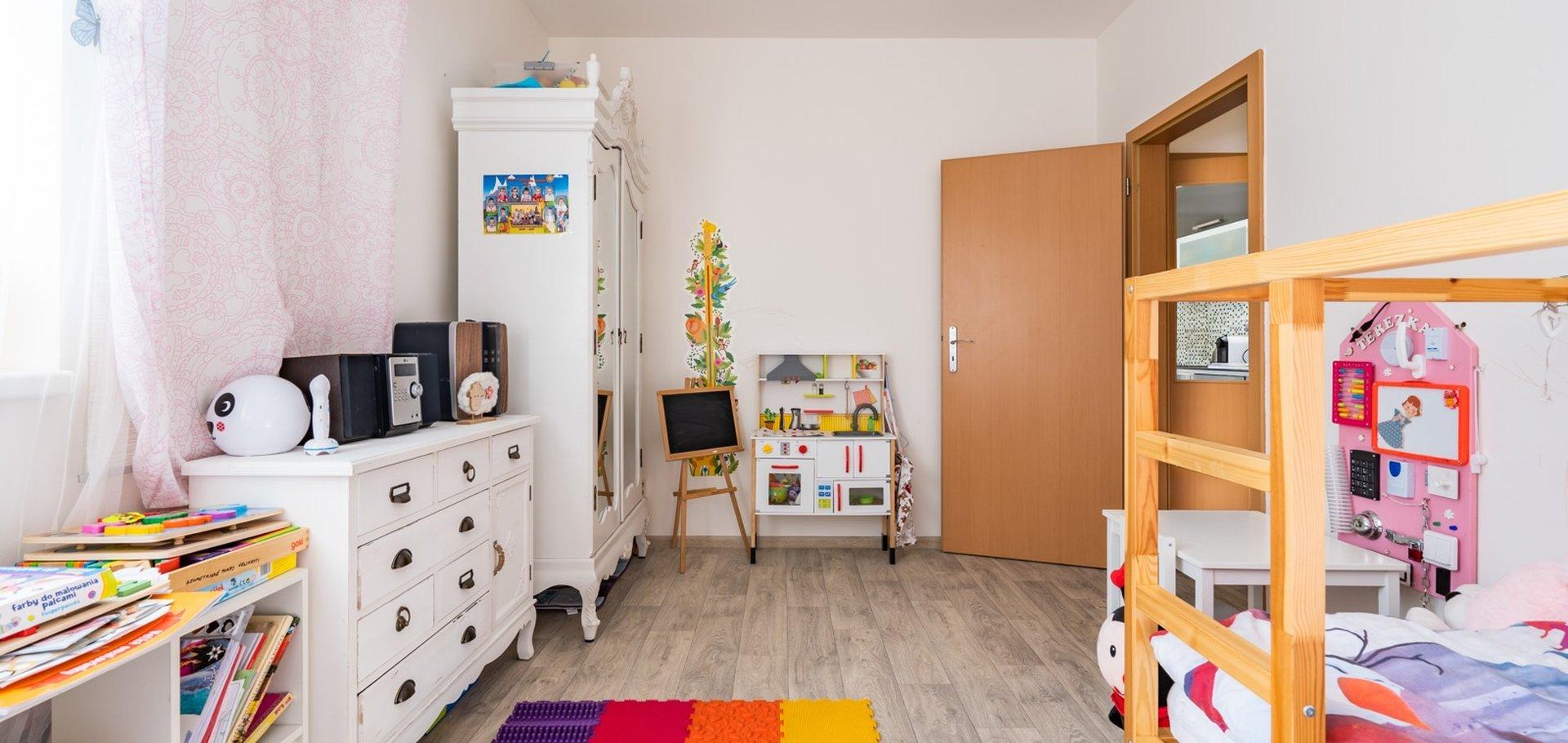 Prodej bytu 3+kk s garážovým stáním a prostornou šatnou, 68m²