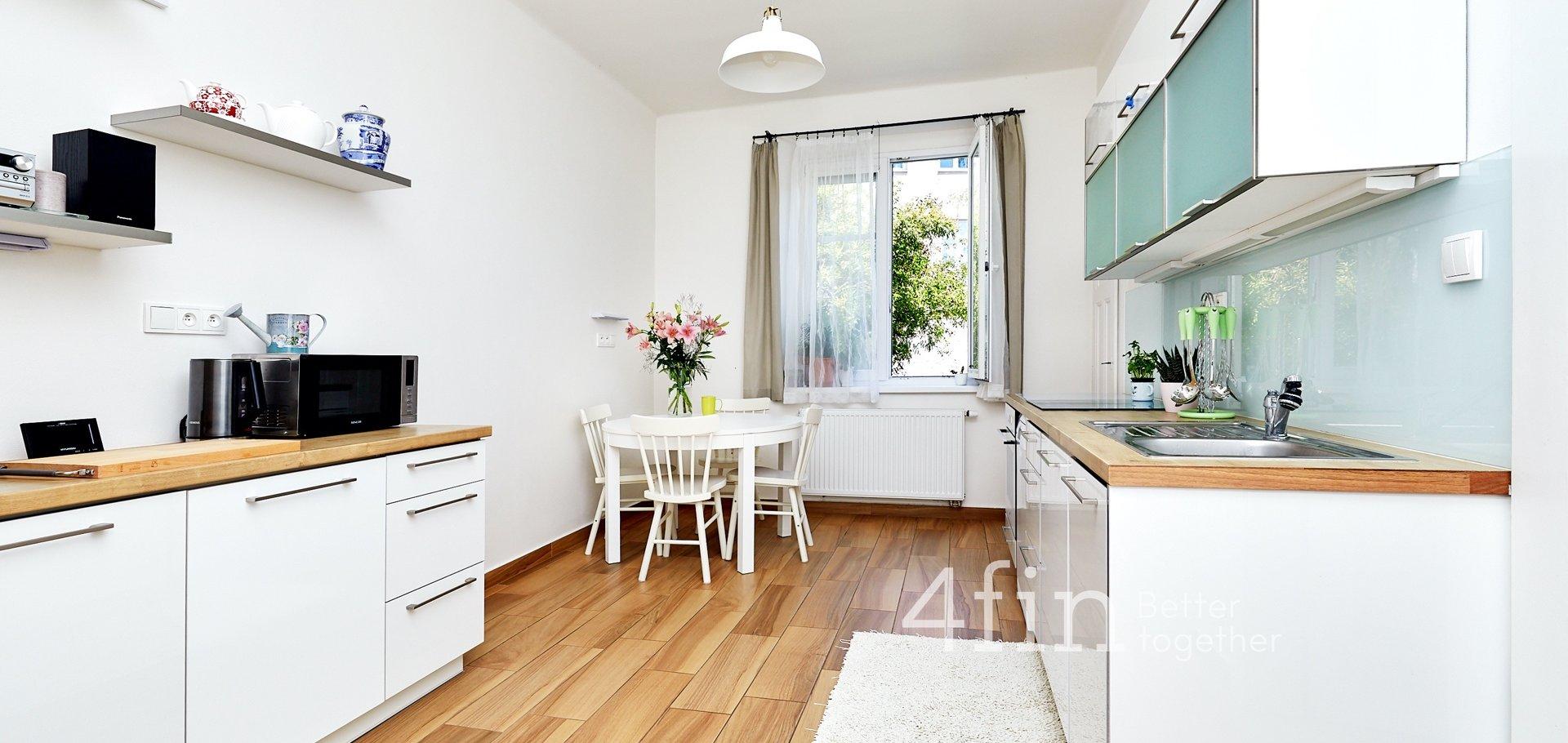 Prodej, Rodinné domy, 299m² - Praha - Kobylisy