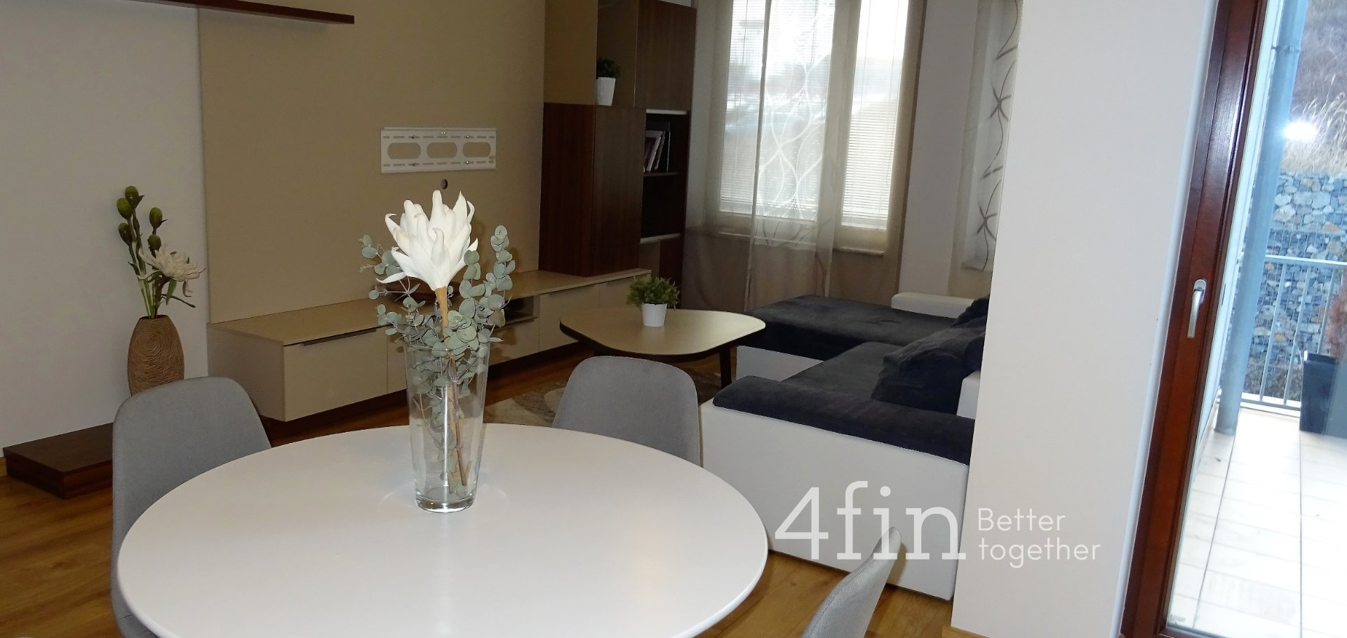 Pronájem vybaveného bytu 2+kk, 60m² , Dragounská, Praha - Štěrboholy