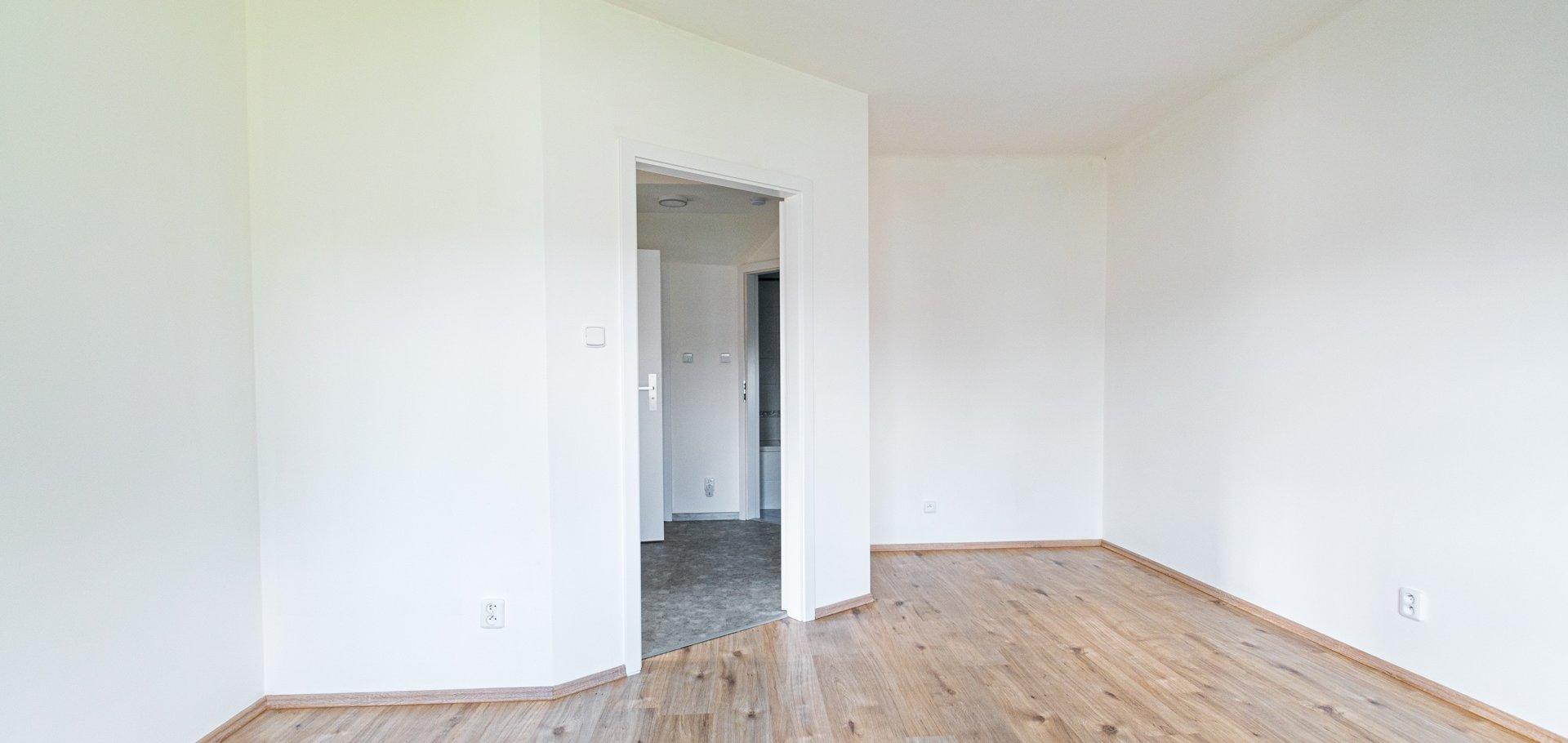 Pronájem, Byty 2+kk, 52m²  se zahrádkou - Praha - Dolní Měcholupy