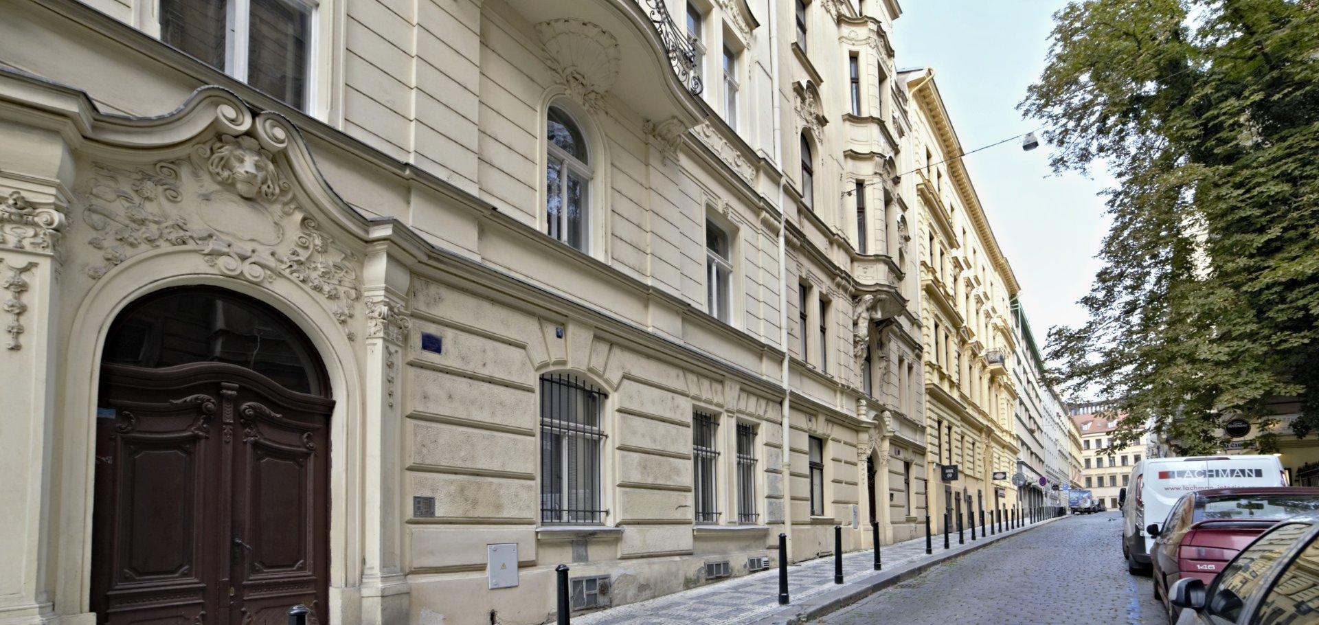 nabízí, prodej, byty 1+1 Navrátilova 1421/11, Praha - Nové Město