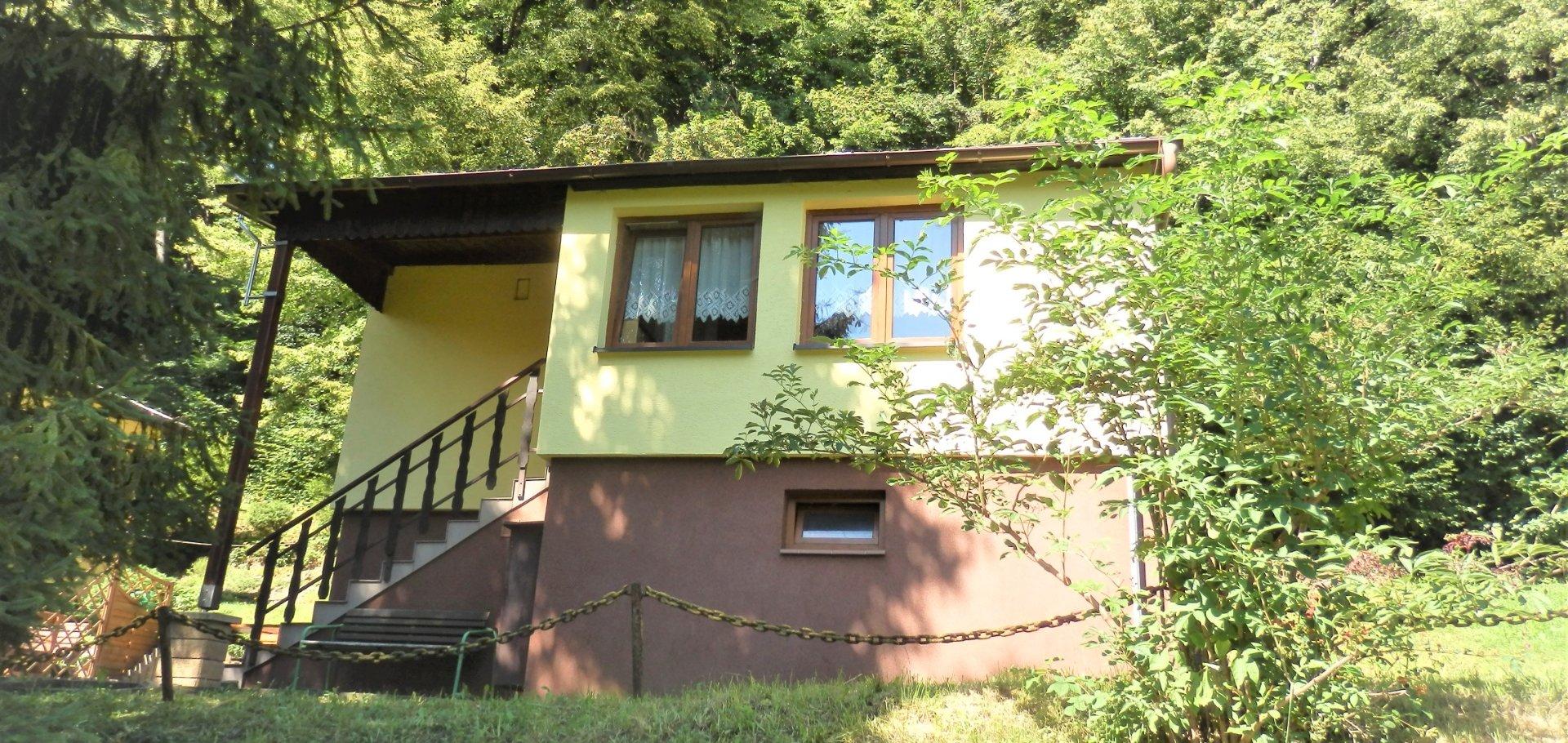 Prodej zděné chaty (celoroční užívání) 3+1(54m2), Třinec-Tyra