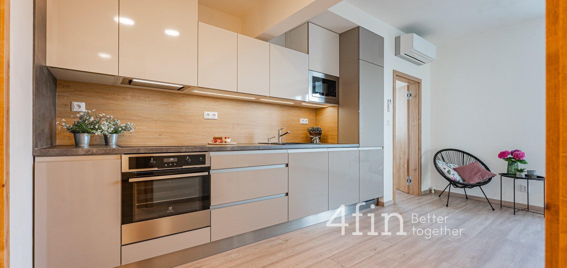 Prodej krásného zrekonstruovaného bytu 3+kk s pracovnou, 71m²,  Praha - Vršovice