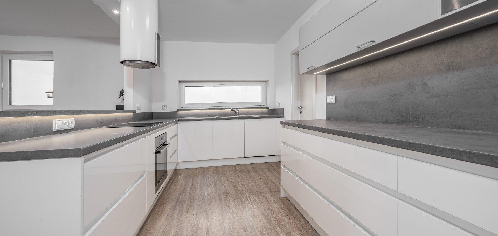 Prodej novostavby bungalovu 4+kk (+ technická místnost + šatna), Divišov - Dalovy