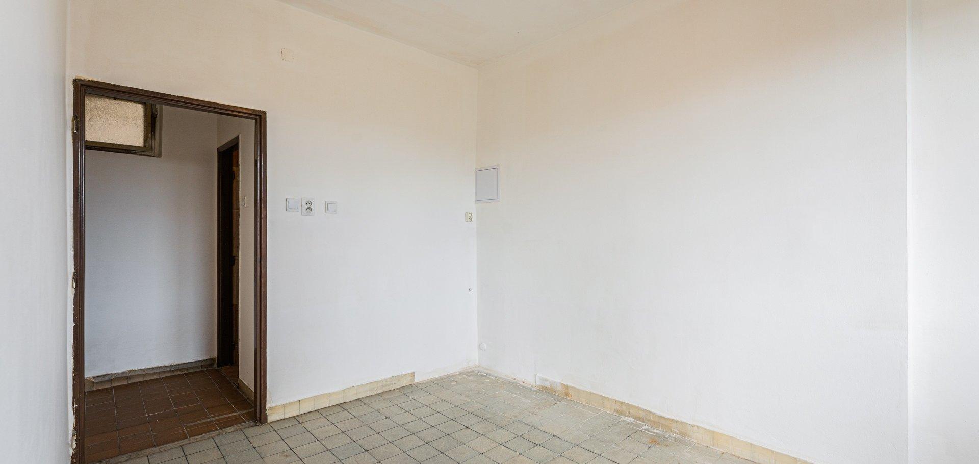 Prodej bytu před rekonstrukcí, Sokolovská, Praha - Libeň