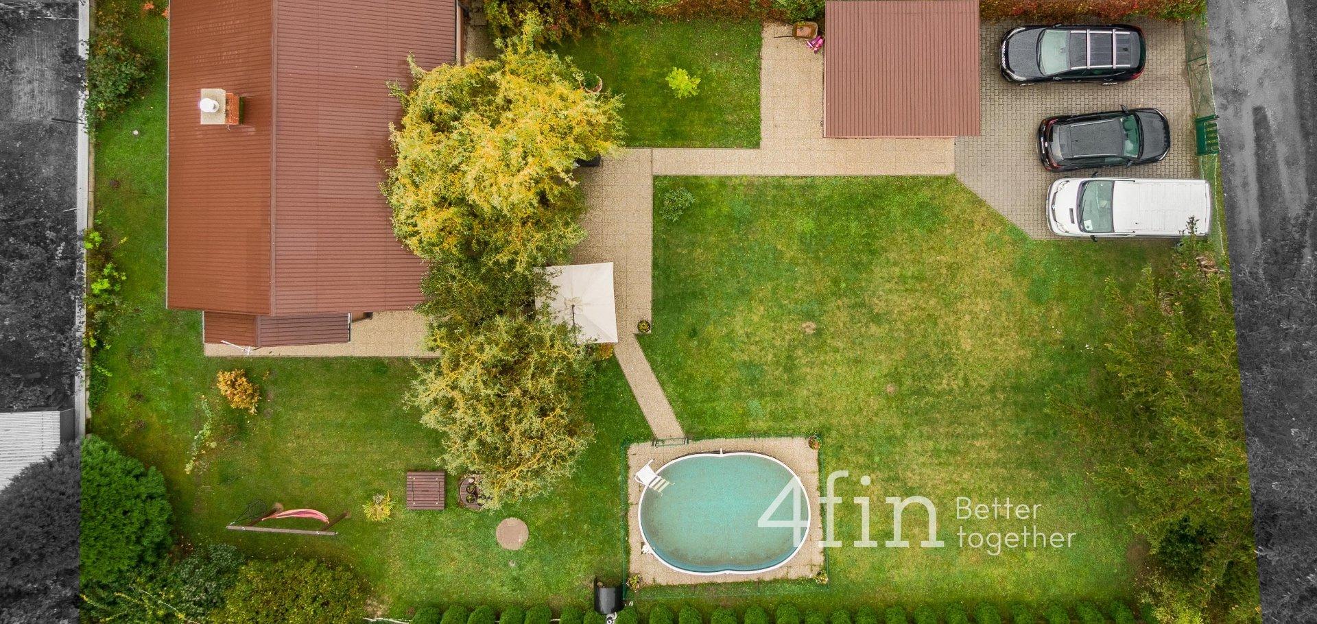 Prodej krásné chalupy, 69m² zastavěná plocha, 730m² pozemek - Káraný