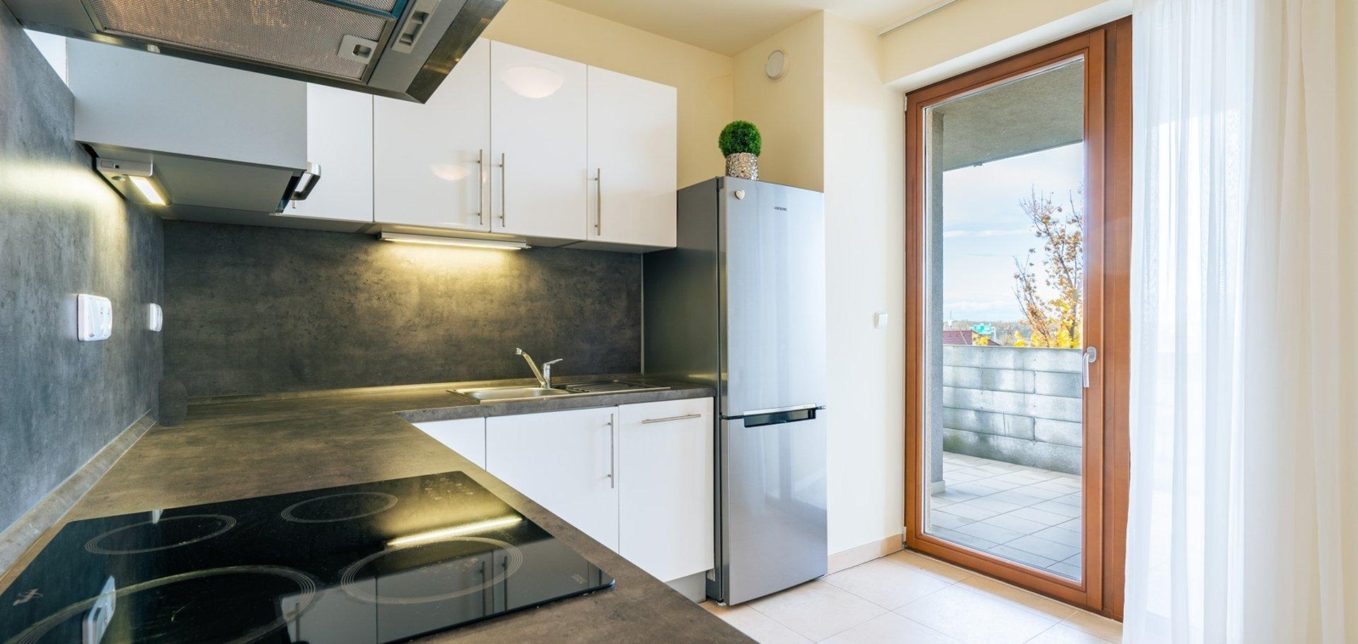 Pronájem bytu s garážovým stáním a terasou