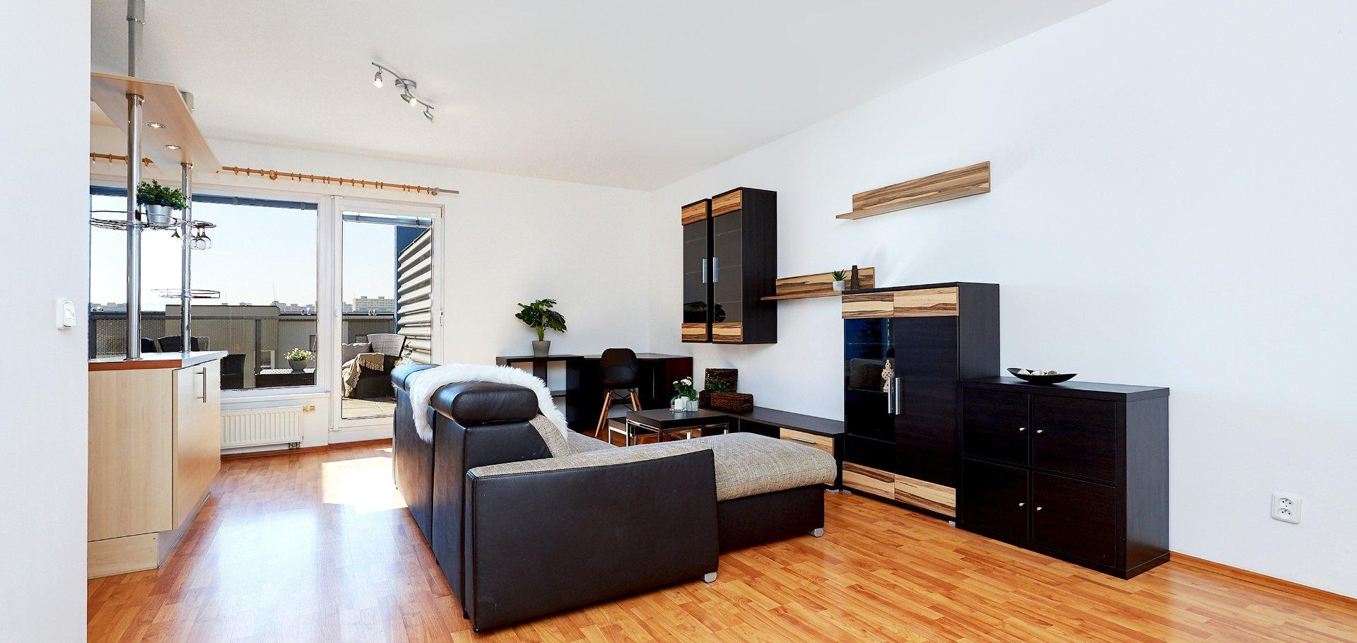 Pronájem bytu 2+kk s terasou, 56m², Praha - Hostivař