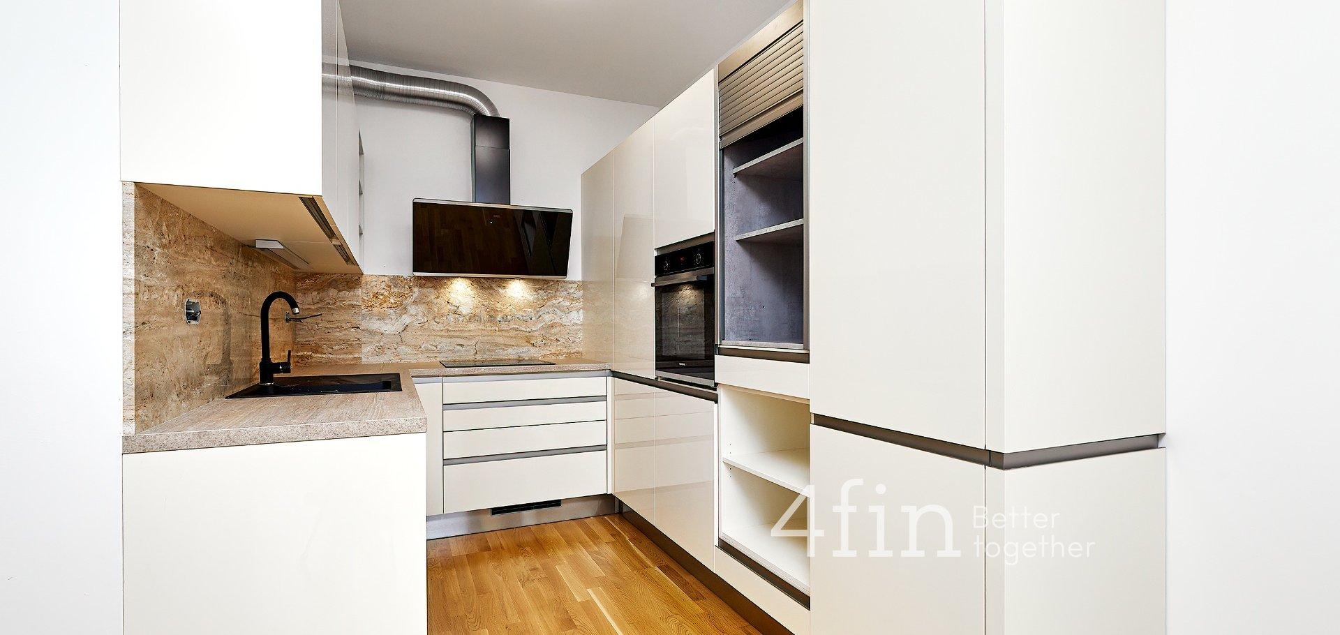 Pronájem moderního bytu 2+kk s lodžíí, 57m², Praha - Holešovice
