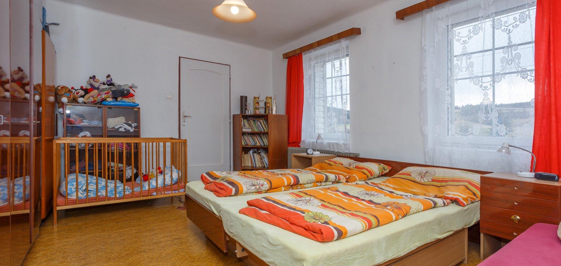 Prodej, Rodinné domy, Dům se dvěmi bytovými jednotkami - Radiměř