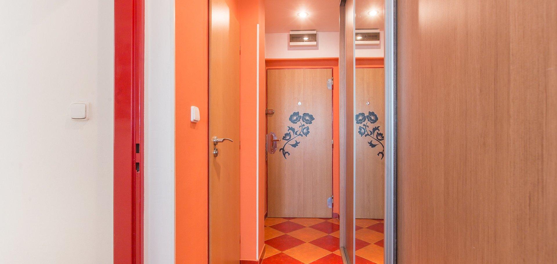 Pronájem bytu 2+kk, 40m² - Praha - Vysočany
