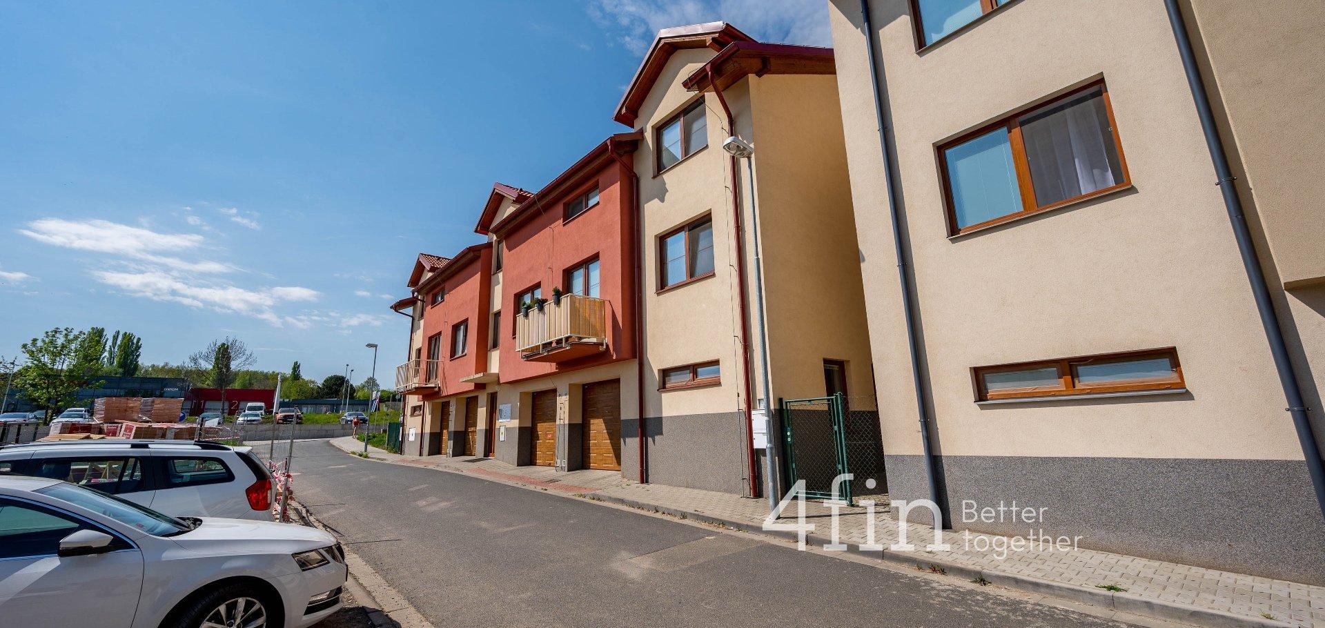 Byty v novostavbě 2+kk, 63m² s terasou 59m² - Kutná Hora - Karlov