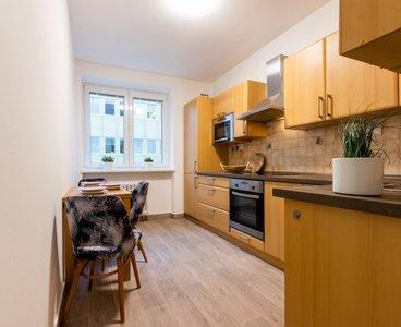 Pronájem zrekonstruovaného bytu 2+1, 61m2 v centru Brna, na ulici Jircháře v Brně