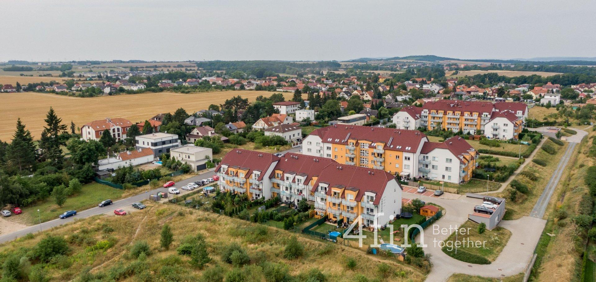 Prodej bytu 1+kk s terasou a sklepem, 43m², Švihovská - Písnice