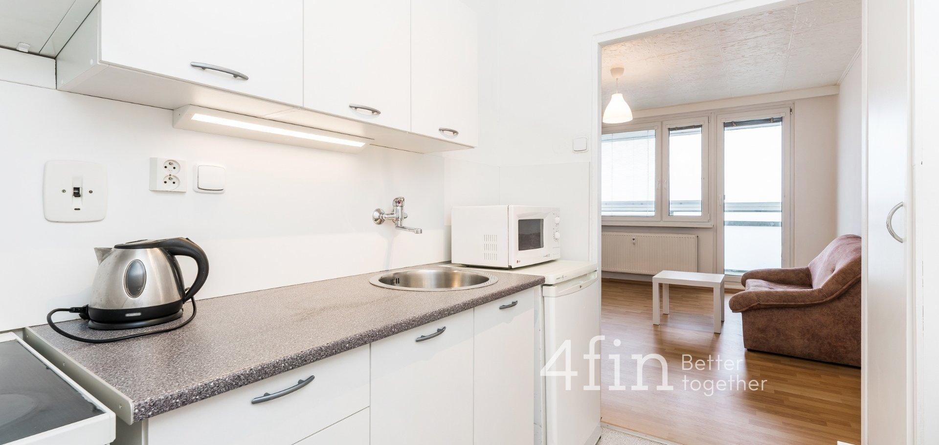 Pronájem bytu 2+kk, 45m² - Praha - Braník
