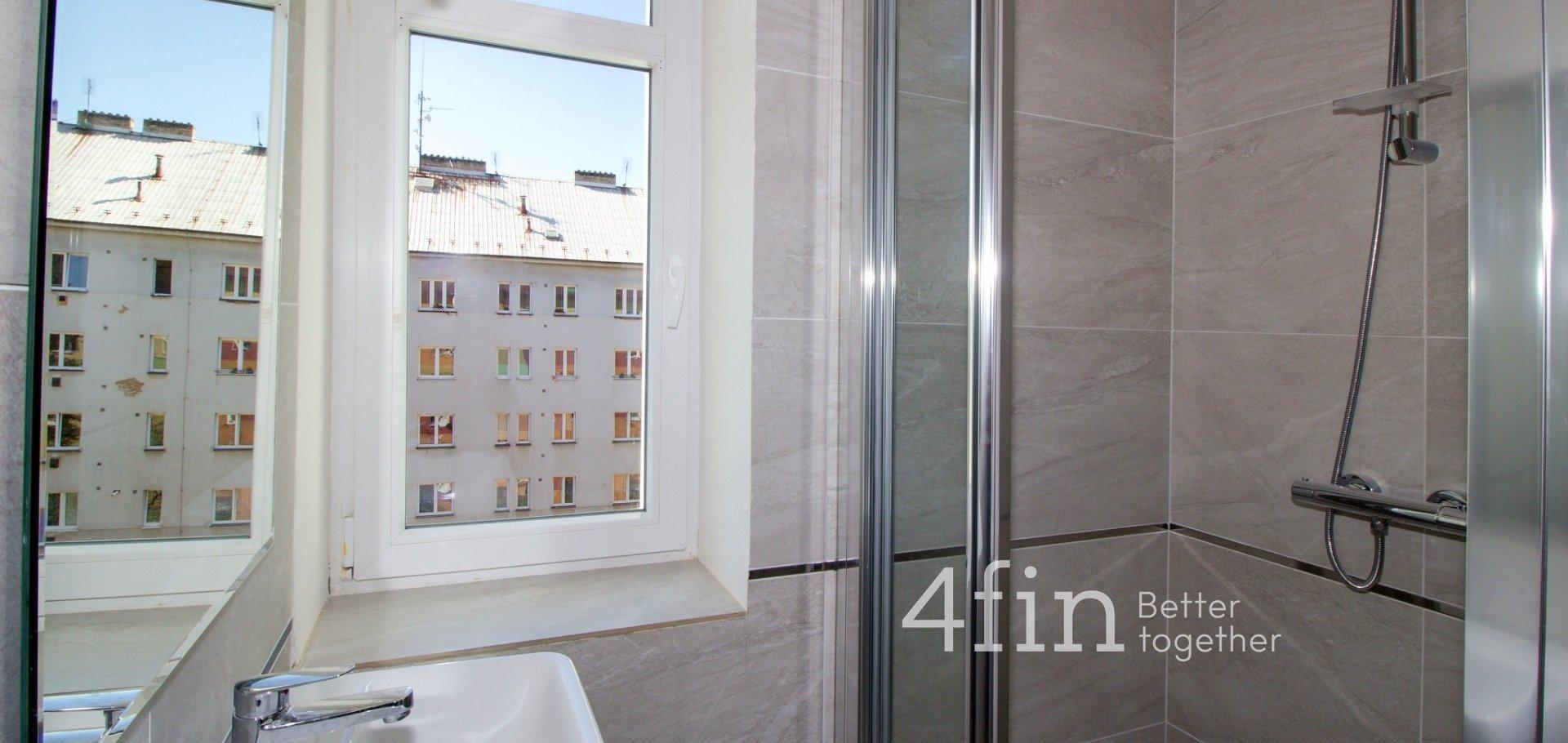Pronájem kompletně rekonstruovaného bytu 1+kk, 39 m2