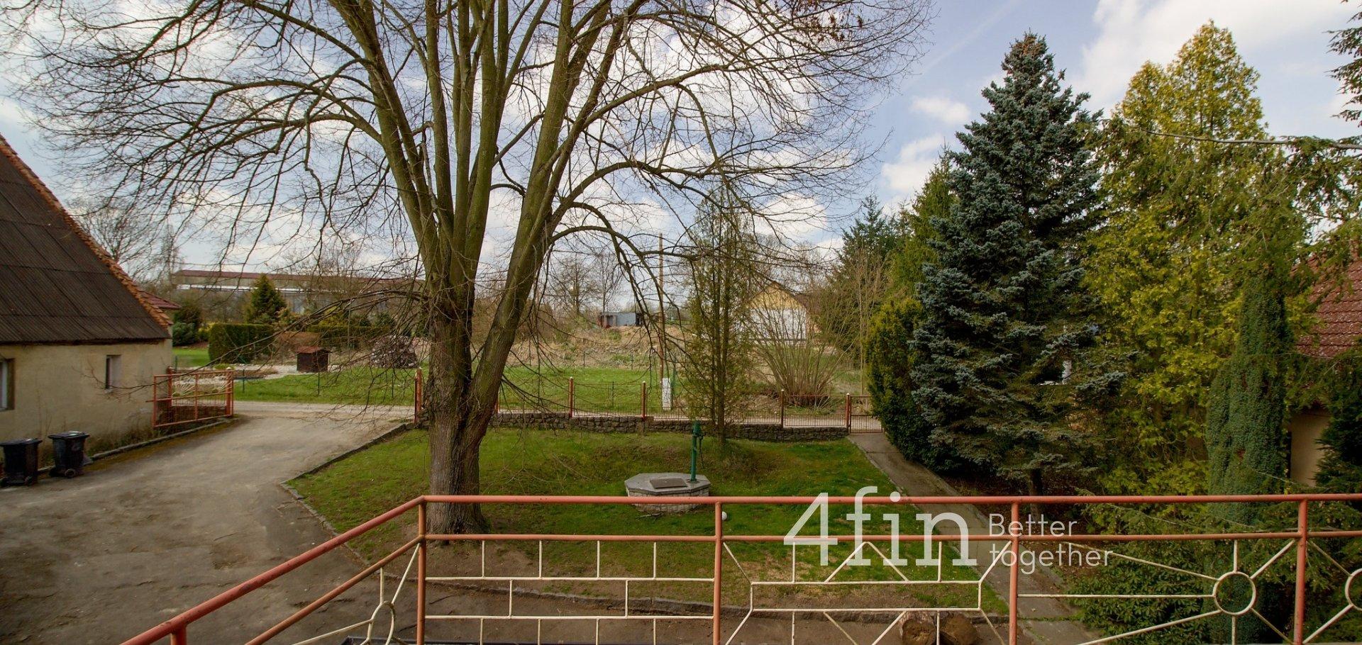 Rodinný dům 295m², pozemek 1532 m2