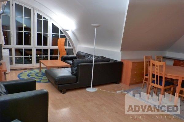 Rent, Flat of 1 bedroom, 64 m2