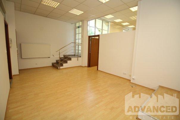 Kancelář 1 (2)