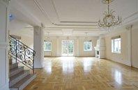 Rent, Villa, 318 m2