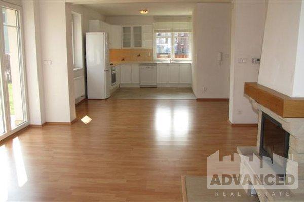 Pronájem, Vila, 192 m²