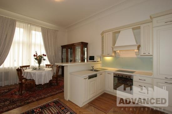 Living room with kitchen (3)