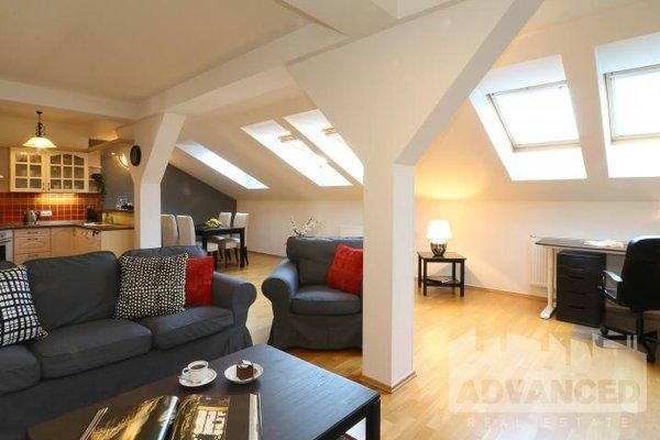 Rent, 2 bedroom flat, 105 m2