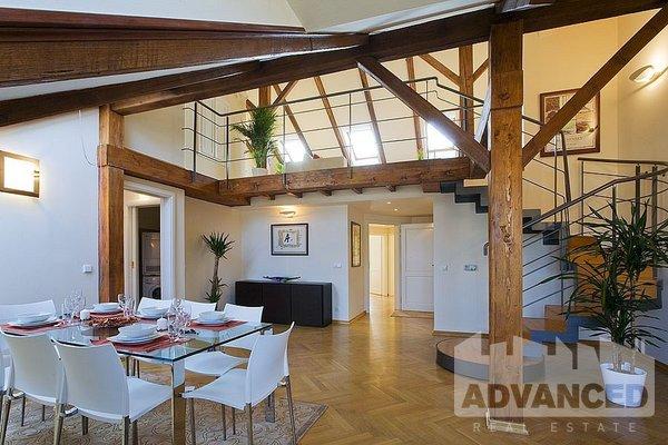 Rent, Flat of 2 bedroom, 144 m2