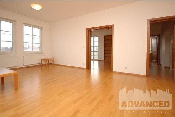 Pronájem, Kanceláře, 144 m²
