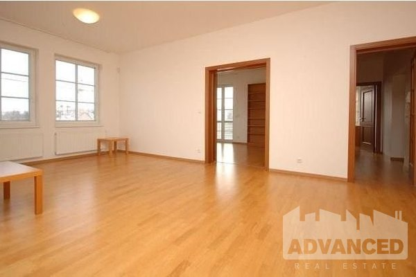 Rent, Office, 144 m2
