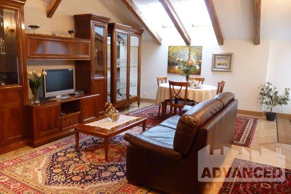 Rent, Flat of 2 bedrooms, 107 m2