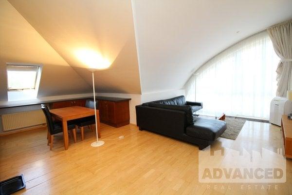 Rent, Flat of 1 bedrom, 64 m2