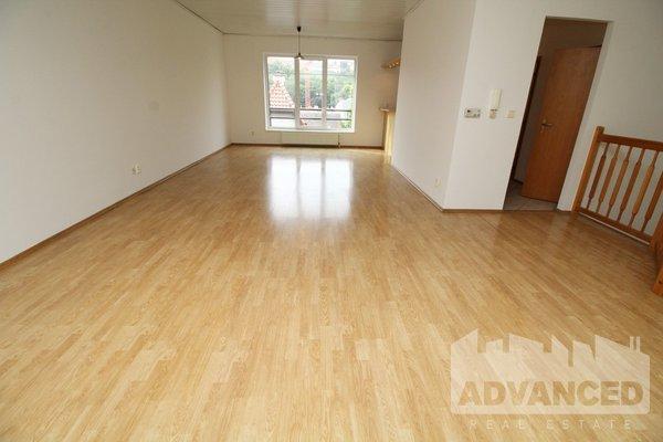 Pronájem, Rodinné domy, 183 m²