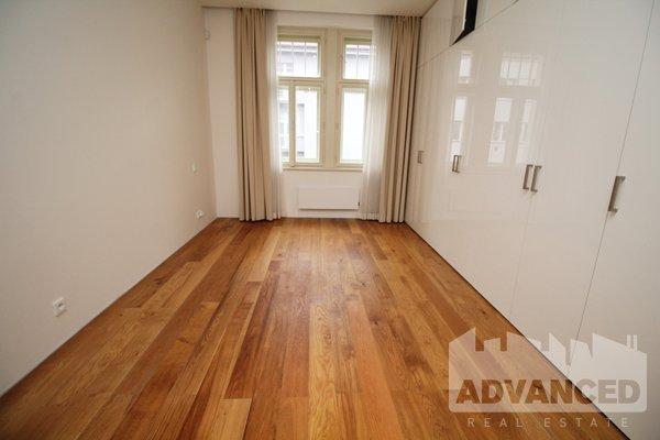 Rent, 2 bedroom flat, 111 m2