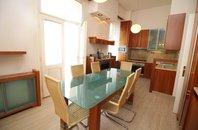 Rent, Flat of 2 bedrooms, 125 m2