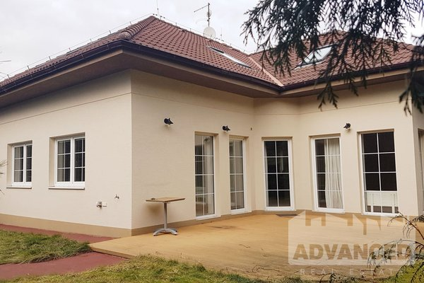 Rent, Family house, 200 m2