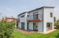 Luxury 5 bedroom house of 322 m2 for sale