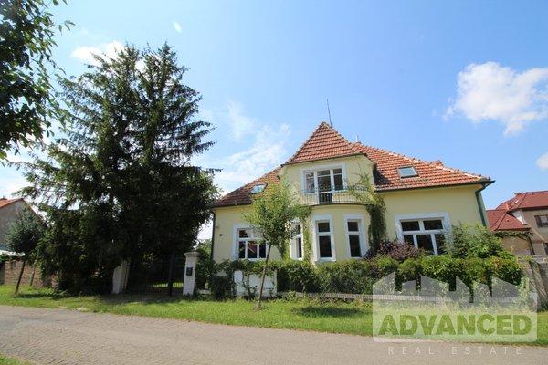 Nice 4 bedroom villa of 193 m2 for sale