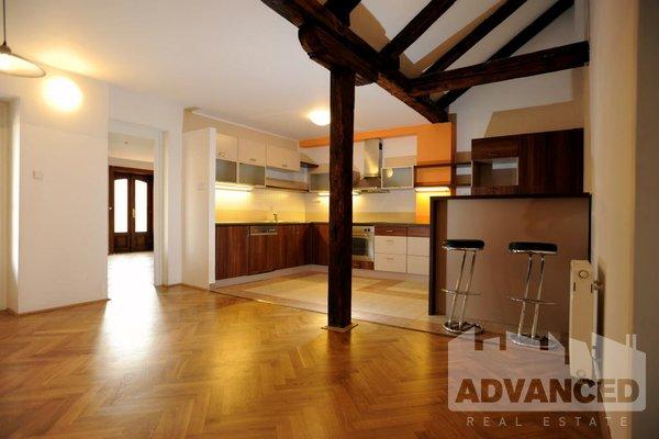 Rent,  bedroom flat, 190 m2 +  72 m2 terraces