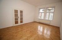 Rent, Flat of 3 rooms, 77 m2