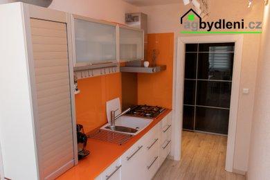 Prodej, byt 4+1, 88 m² - Plzeň - Skvrňany, Ev.č.: 00017