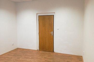 Pronájem, Kanceláře, 17 m² - Plzeň - Doubravka, Ev.č.: 00149