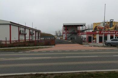 Pronájem výrobních a skadovacích prostor na pozemku 18.618m² , Kralovice, Ev.č.: 00193