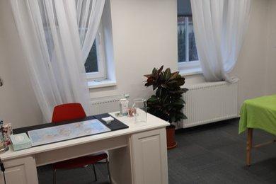 Pronájem, Ostatní komerční nemovitosti, pronájem terapeutické místnosti o užitné ploše 17 m2 včetně kompletního zázemí., Ev.č.: 00205