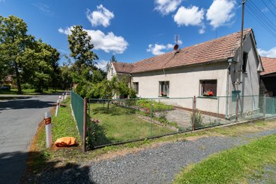 Prodej rodinného domu, Spálené Poříčí - Lipnice (Plzeň - jih), Ev.č.: 00343